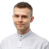 Бабушкин Илья Сергеевич, стоматолог-терапевт