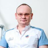 Манабаев Андрей Геннадьевич, венеролог
