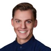 Давиденко Дмитрий Юрьевич, стоматолог-хирург