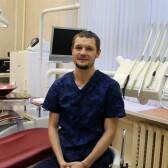 Логачев Антон Александрович, стоматолог-хирург
