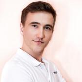 Дмитриев Александр Александрович, стоматолог-ортопед