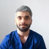 Мусаев Ратмир Ахмедович, стоматолог-хирург