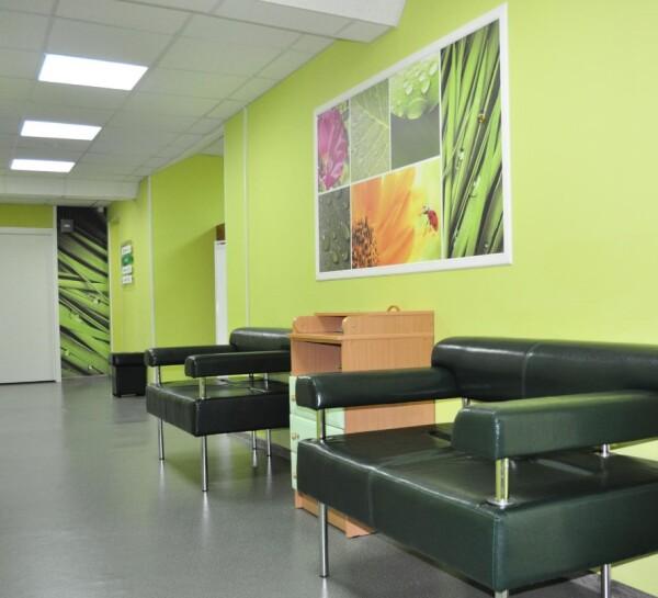 Медицинский центр XXI век (21 век) на Моравском