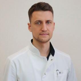 Кобазев Виктор Эдуардович, пластический хирург