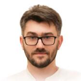 Сичкар Максим Евгеньевич, офтальмолог