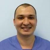 Урядов Эрнест Михайлович, стоматолог-хирург