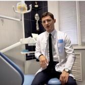 Аббасов Вадим Нуриддинович, стоматолог-хирург