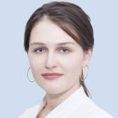 Ляпунова Евгения Геннадьевна, стоматолог-терапевт