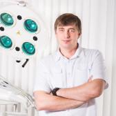 Дежа Дмитрий Евгеньевич, стоматолог-хирург