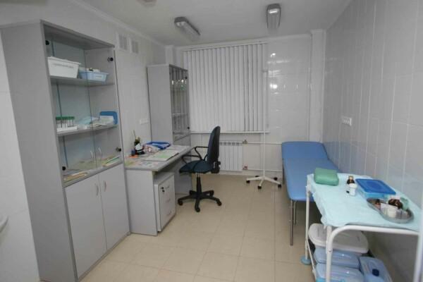 Служба неотложной наркологической помощи, наркологическая клиника