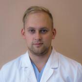 Бызов Кирилл Александрович, стоматолог-терапевт