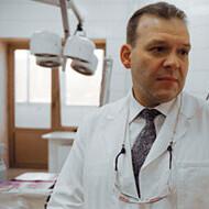Тепляшин Александр Сергеевич, пластический хирург