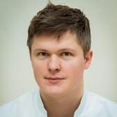 Вознесенский Никита Максимович, стоматолог-хирург