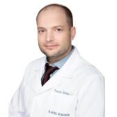 Петренко Владимир Анатольевич, пластический хирург