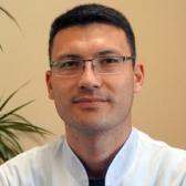 Абдуманнанов Эмир Абдувелиевич, терапевт
