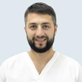 Омаров Руслан Аманулаевич, имплантолог