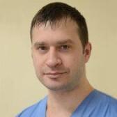 Поляков Юрий Юрьевич, нейрохирург