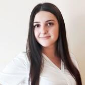 Аванесян Нарине Микаеловна, стоматолог-терапевт