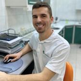 Бовсуновский Эдвард Павлович, стоматолог-хирург
