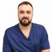 Хачатуров Анри Эдуардович, имплантолог