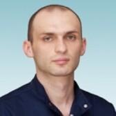 Бостанов Эльдар Альбертович, стоматолог-терапевт