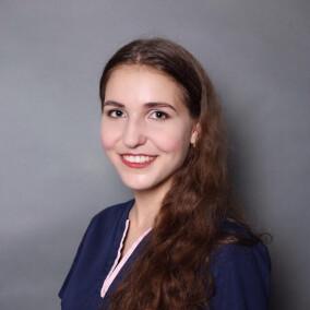 Соломатникова (Крамарова) Анастасия Александровна, стоматолог-терапевт