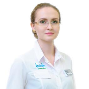 Меньшова Яна Алексеевна, стоматолог-терапевт