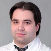 Лощенов Максим Сергеевич, хирург