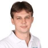 Дуда Максим Петрович, стоматолог-хирург