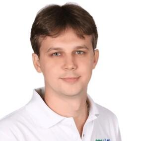 Дуда Максим Петрович, стоматолог-терапевт