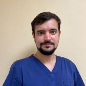 Харитонов Дмитрий Владимирович, стоматолог-хирург