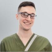 Чкадуа Владимир Исидорович, стоматолог-терапевт