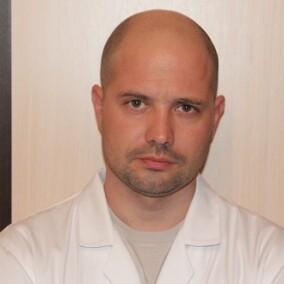 Чернаков Алексей Евгеньевич, онколог