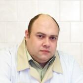 Медведев Юрий Леонидович, стоматолог-хирург