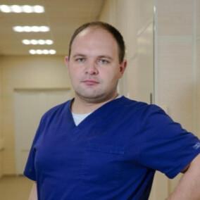 Романовский Денис Владимирович, онколог