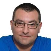 Науменко Антон Александрович, стоматолог-хирург