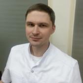 Бажанов Виталий Николаевич, офтальмолог