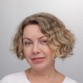 Хромова Елена Владимировна, стоматолог-терапевт