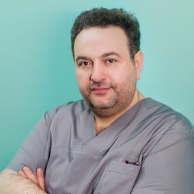 Гусейнов Мурад Камильевич, стоматолог-терапевт