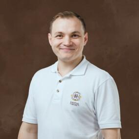 Турчинский Анатолий Юрьевич, стоматолог-терапевт
