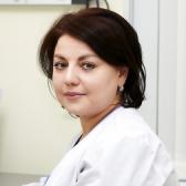 Комекова Айна Чарыевна, физиотерапевт