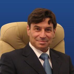 Раад Зиад Кассем, стоматолог-хирург