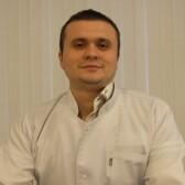 Черников Антон Игоревич, пластический хирург