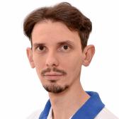 Виноградов Дмитрий Сергеевич, стоматолог-терапевт