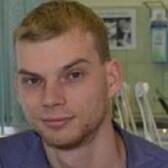 Белов Андрей Олегович, стоматолог-хирург