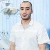 Ишханян Хачик Грачикович, стоматолог-терапевт
