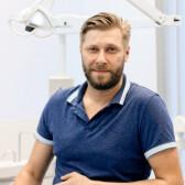 Кошелев Василий Петрович, стоматолог-хирург