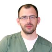 Карпущенко Максим Алексеевич, пластический хирург