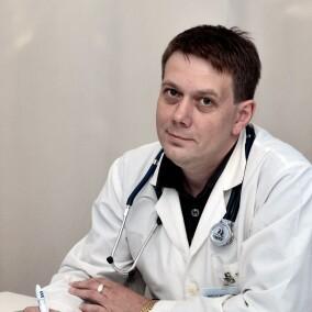 Смирнов Виктор Владимирович, терапевт