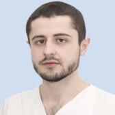 Магомедов Ахмед Арсенович, стоматолог-терапевт